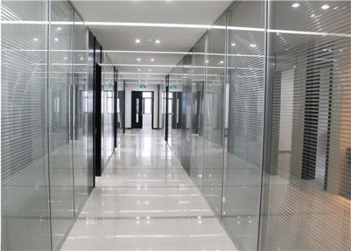 建材 其他建筑材料 隔断与吊顶  报价:   电议 单位:  无锡德鲁克玻璃