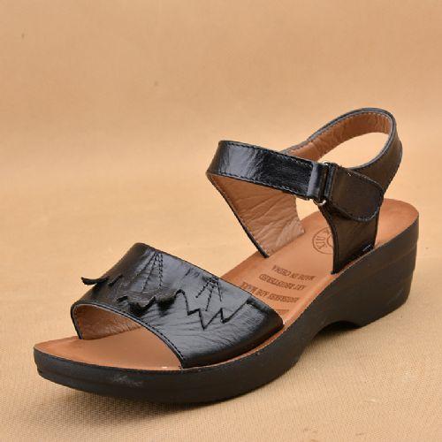 BUFANSHA真皮凉鞋女 价格:30元