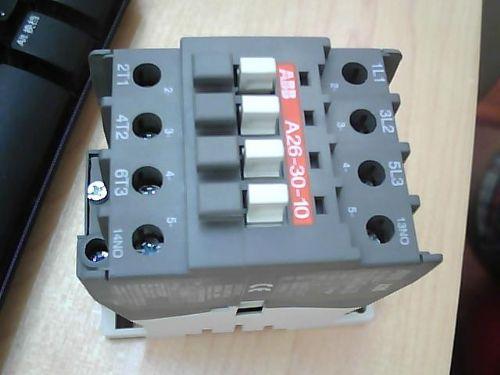 接触器是一种用来接通或断开带负载的交