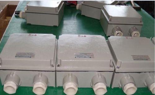 4,接线端子采用增安型专用端子,接线方便,牢固可靠,并且电流大小有