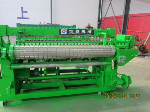 荷兰网机卷网机器 带弯浸塑荷兰网排焊机 圈玉米机价格
