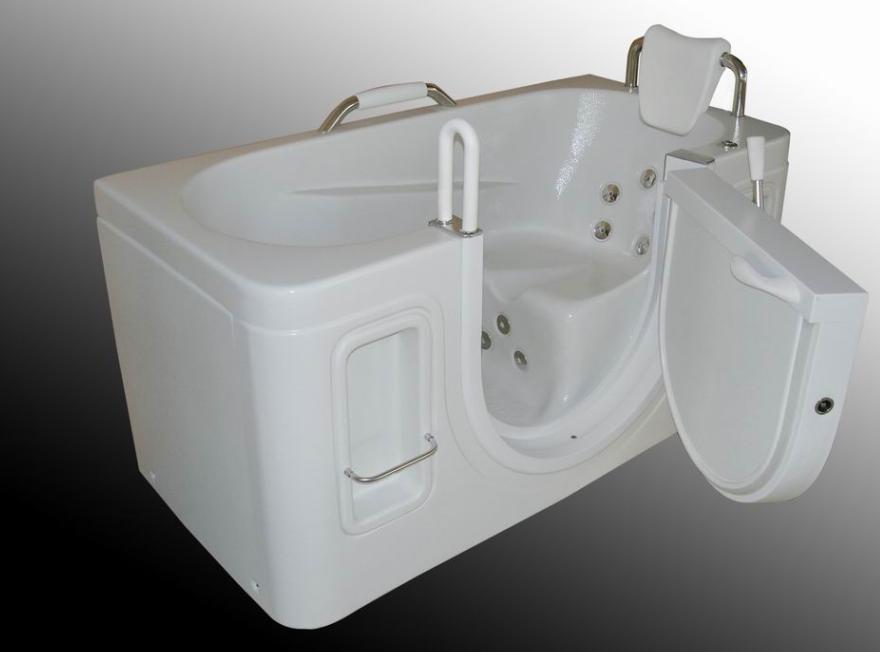 outdoor spa jacuzzi steam room walk in bathtub massage
