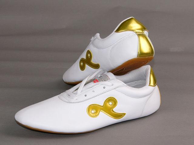 白色牛皮祥云金边鞋