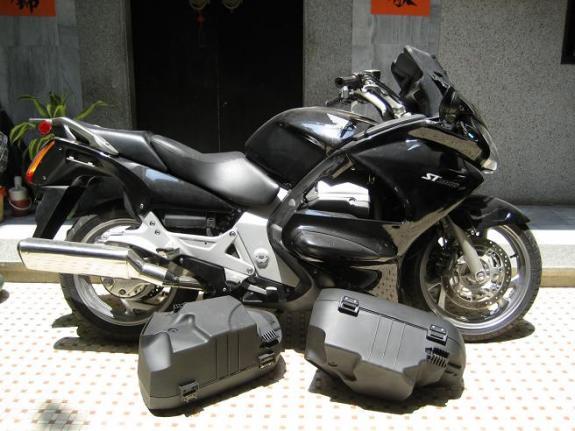 本田本田st1300摩托车 价格:4300元