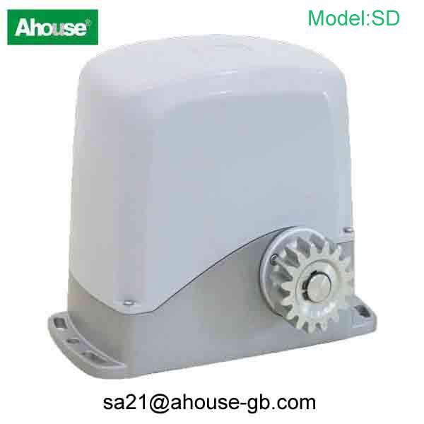 Sliding gate operator/gate motor