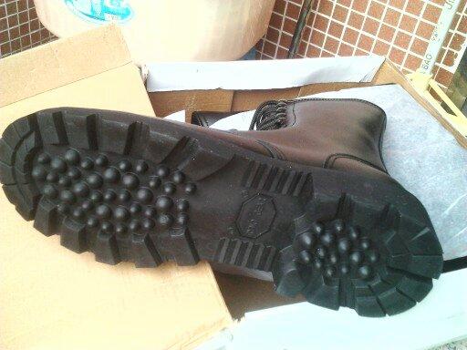 军靴军靴 价格:75元/双
