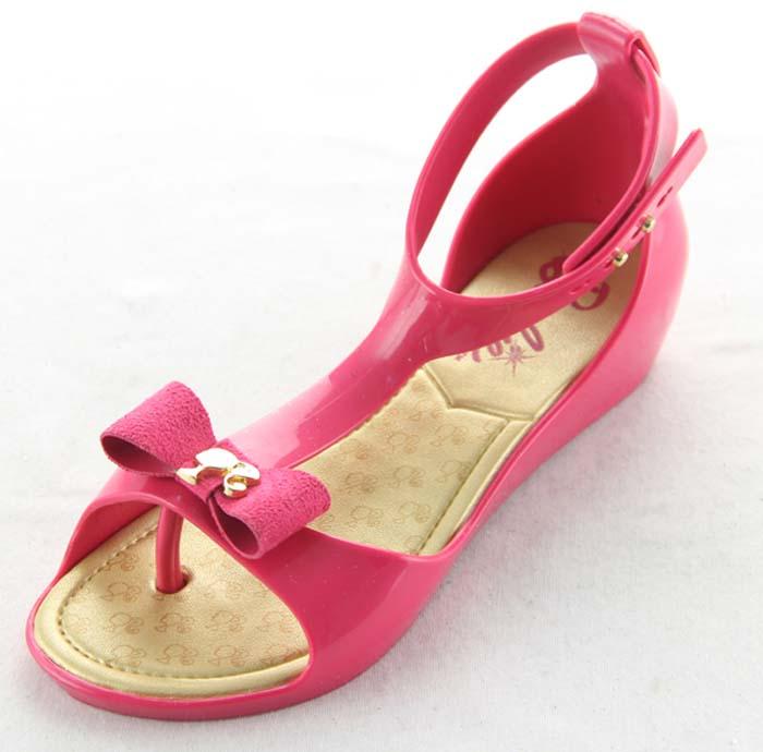 揭阳水晶鞋水晶包跟夹脚凉鞋 价格:8.5元