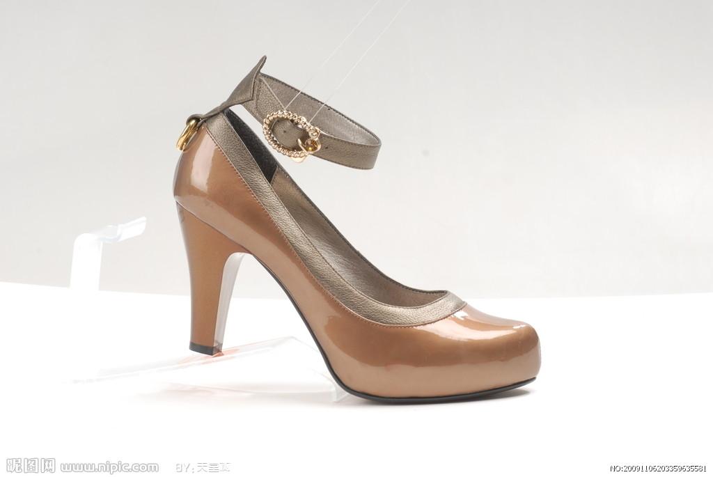 WF00-2-2高跟尖头密鞋