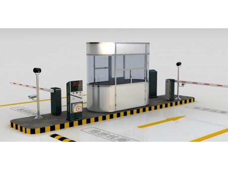 机箱前面面板部位是钢化玻璃制作,非常耐用,同时机箱可以配置夜光系统