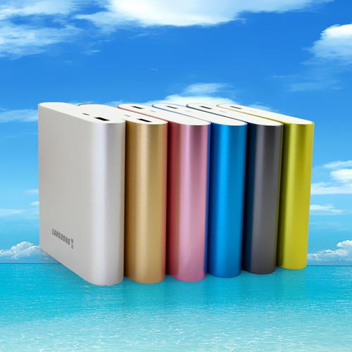 Capacity /电源容量: 10400mAH Product size/整机尺寸:91*77*22mm Battery Type/电池类型: 锂电池4节(18650) Input/输入电流电压: 3.7V5V/1A Output/输出电流电压: 5V/1A working temperature/工作温度: -20-50 Product N.W/整机重量: 约g Shell material/壳体材料:铝合金 Colour/颜色:银色绿色、黑色、粉红、蓝、金