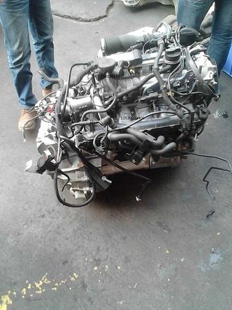 奔驰b200发动机