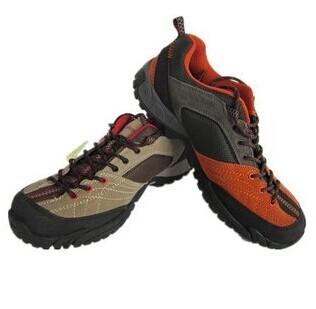 厂家生产自销大批量批发劳保鞋