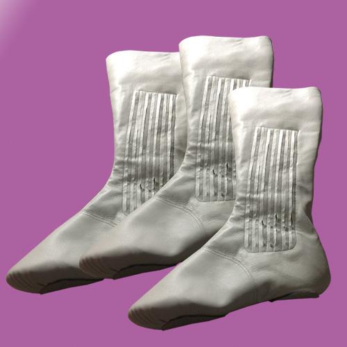 亚莉丝黛爵士鞋 价格:210元