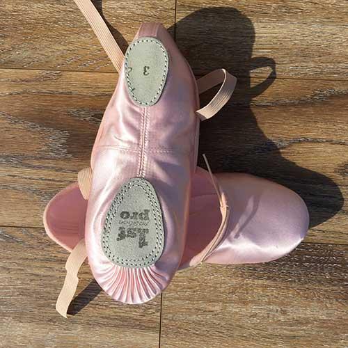 奥杰塔舞蹈鞋