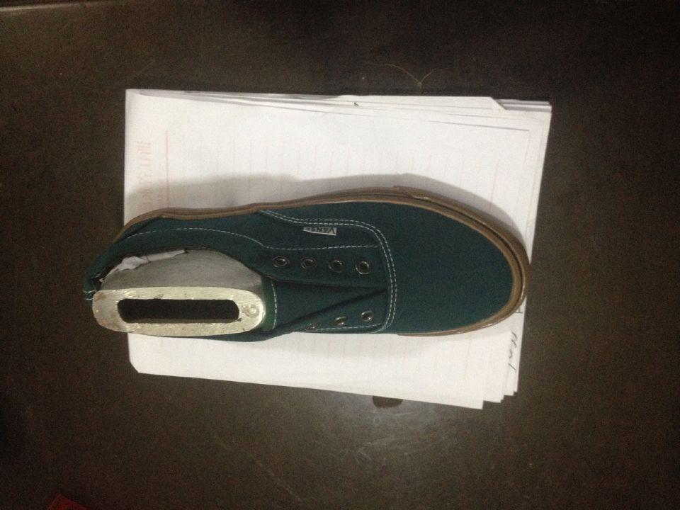 硫化鞋帆布鞋硫化万斯匡威现货 价格:18元/双
